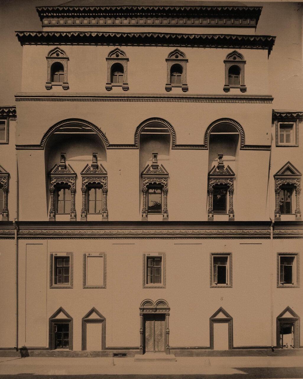 Вид части фасада Потешного дворца в Кремле