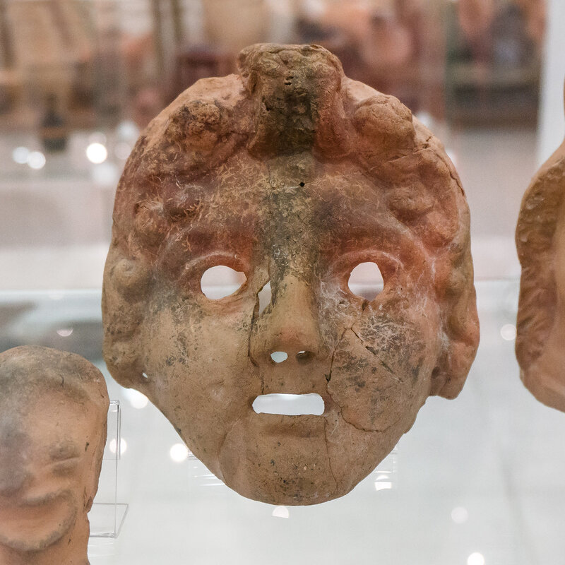 Терракотовая маска