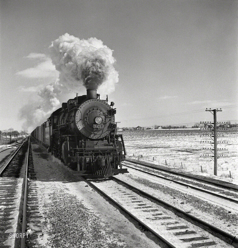 March 1943. On the Atchison, Topeka & Santa Fe between Chicago and Chillicothe, Illinois. Another of the many photos by Jack Delano documenting his trip on a freight train from Chicago to California