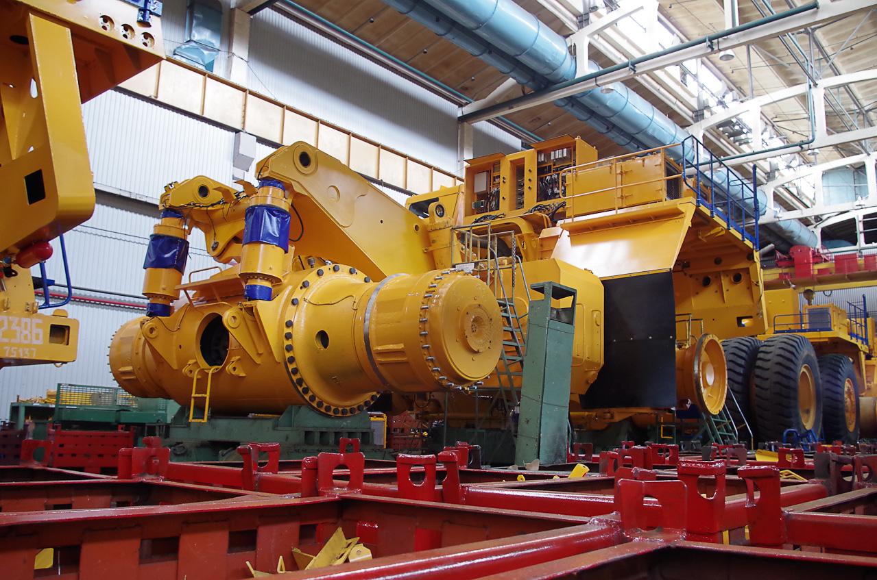 0 9288c c35dac29 orig Как делают гигантов    БелАЗы.