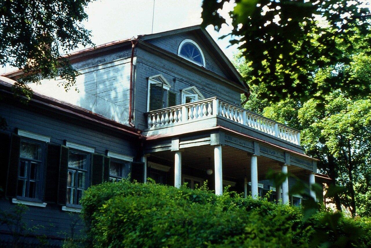 2. Усадебный дом
