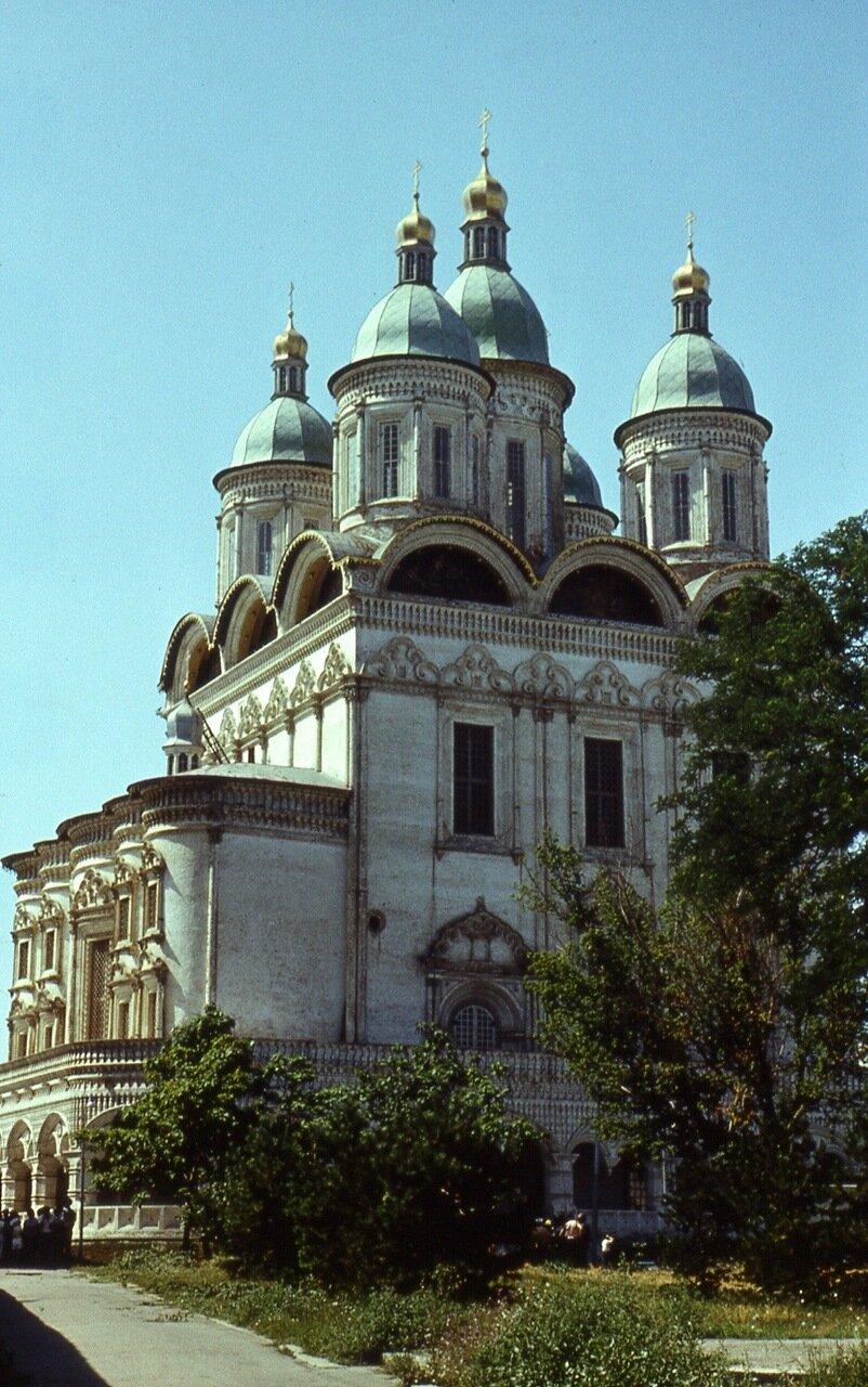 74. Успенский  собор