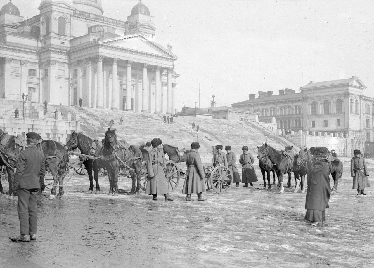 Российские солдаты на Сенатской площади
