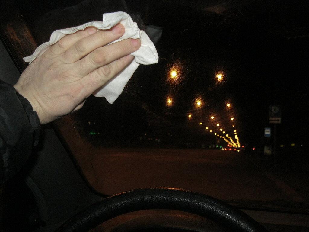 Освещение автомобильных дорог - вопрос транспортной безопасности.