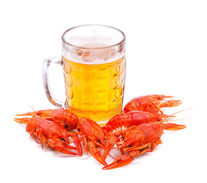 beer with lobsters