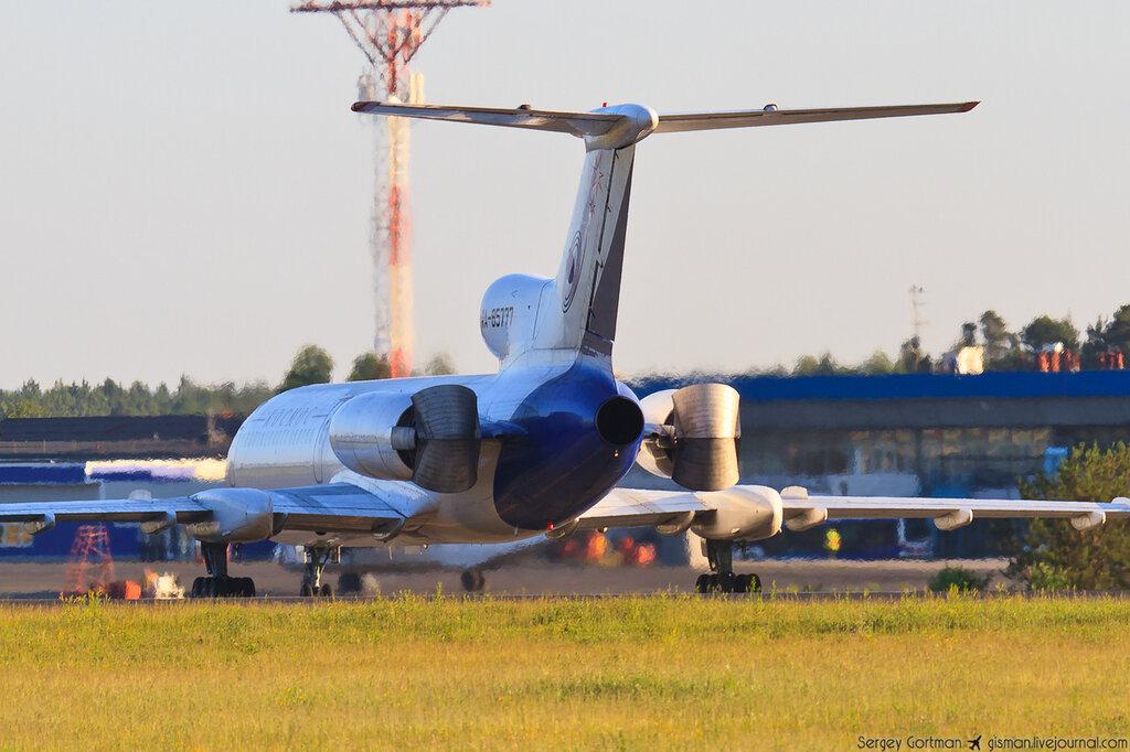 """Молниеносный визит Ту-154М RA-85777 """"Космос - РКК Энергия"""" в Емельяново"""
