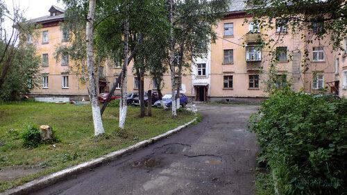 Фотография Инты №5337  Социалистическая 6 и двор дома Мира 5 30.07.2013_13:24