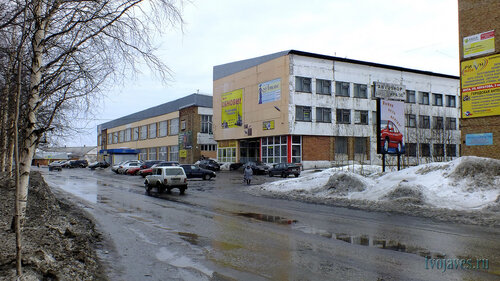 Фото города Инта №6532  Северо-западный угол Куратова 1