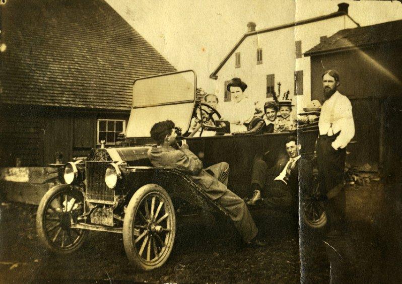 Семья в Ford Model T, Нью-Йорк, 1913