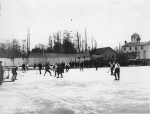 Состязания хоккейных команд Нева (Англия) и Нарва (Россия) на Крестовском острове. 28 февраля 1910
