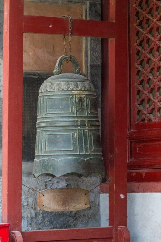 Колокол, храм Белого облака