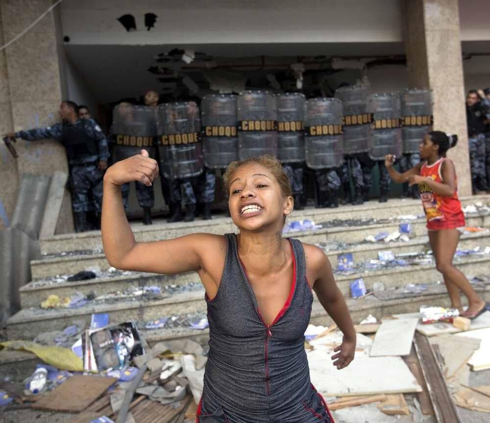 Полицейская операция в фавелах Рио-де-Жанейро