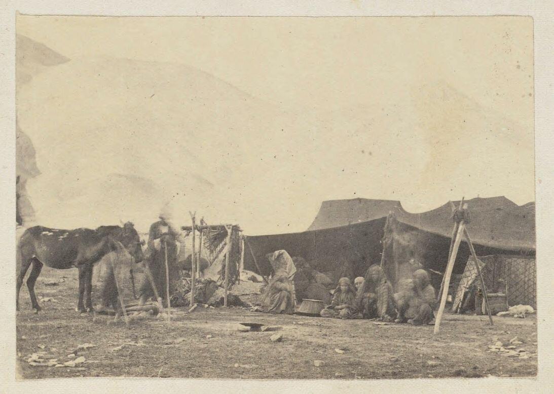 Жители палаток