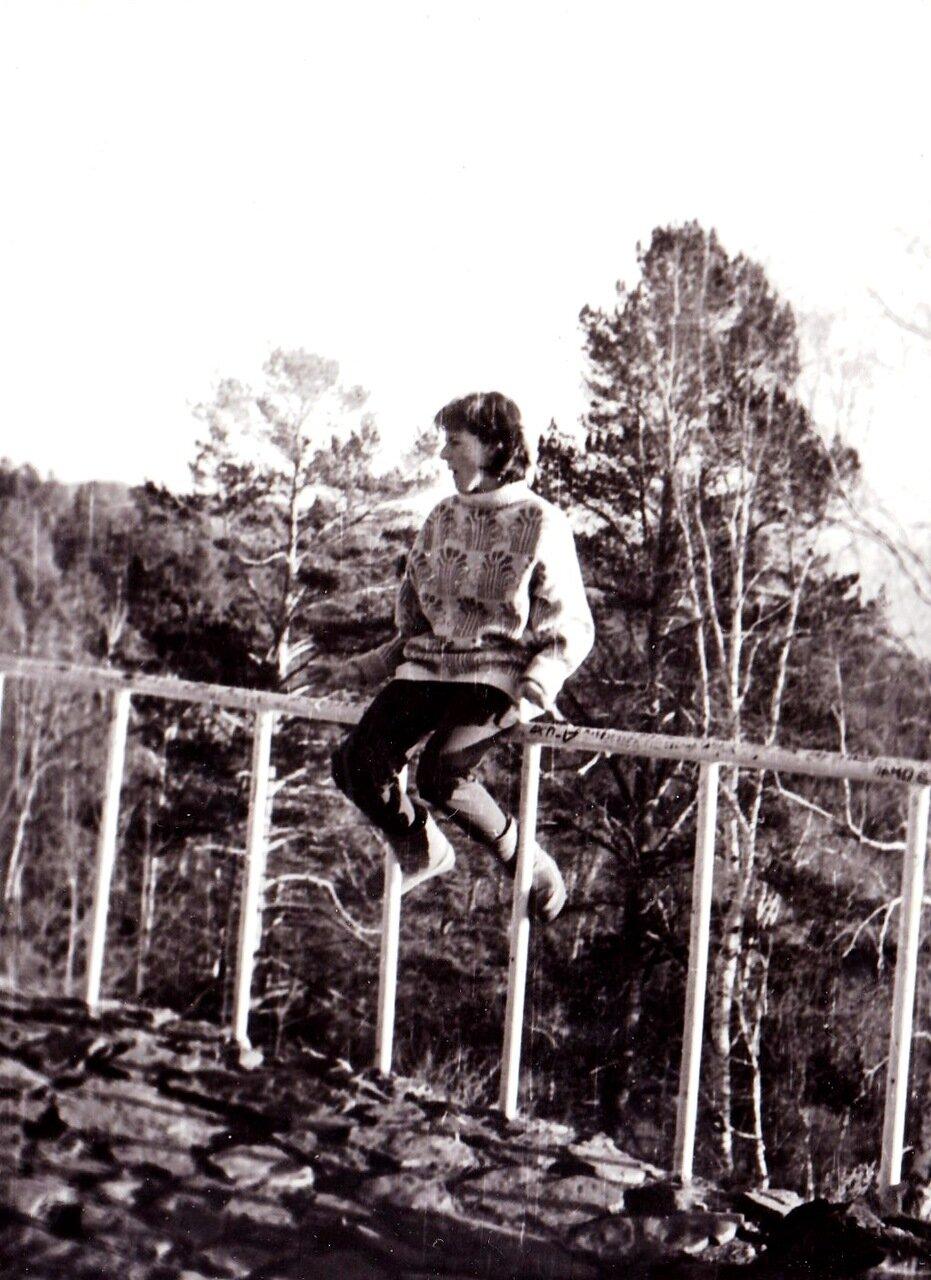 1989. На Байкале. Татьяна Блажко (Ангарский ТОМ)