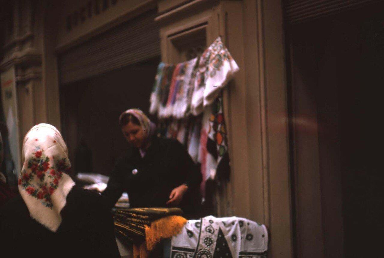 1964. Торговля в ГУМе