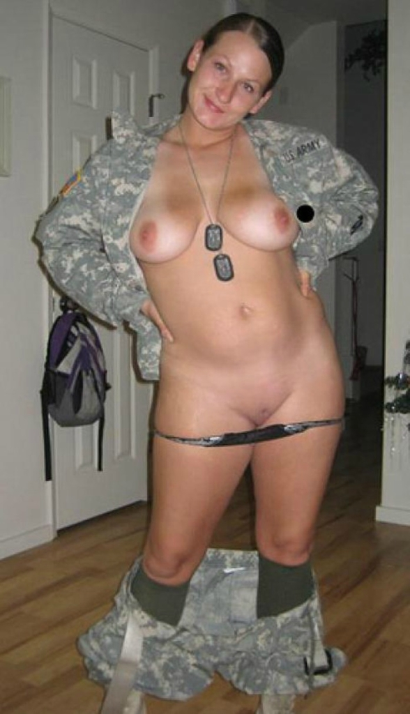 black-military-wife-envious-of-nonmilitary-wives-girls-pussy