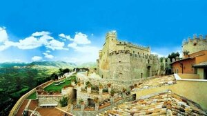 Италия выставила на продажу более ста исторических зданий