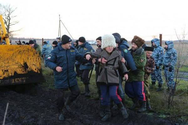 В Беларуси задержали участников казачьего конного похода Москва — Берлин