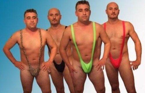 голые мальчики геи в стрингах