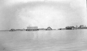 Вид затопленных строений у с. Городище