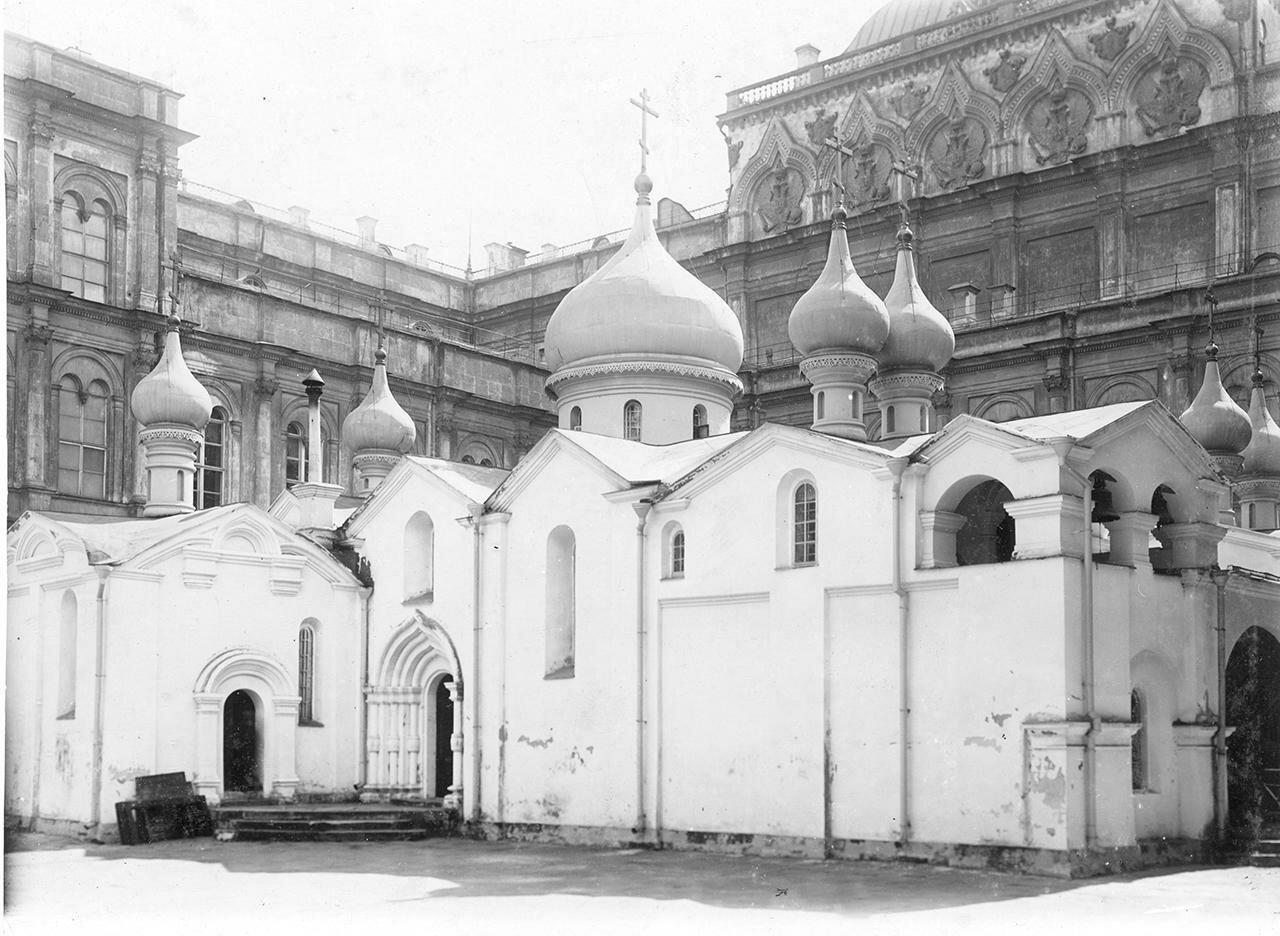 Кремль. Церковь Спаса-на-Бору