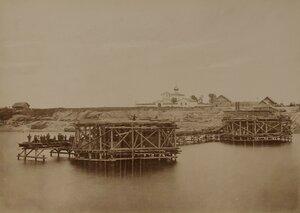 Рига. Железнодорожный мост через Великую (Рижский мост). Возведение быков