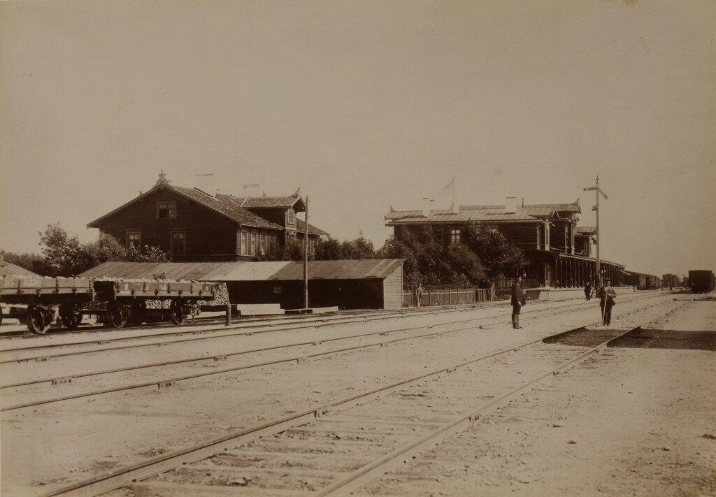 Юрьев. Железнодорожная станция