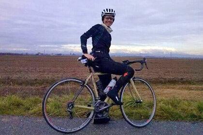 Итальянке предстоит проехать на велосипеде двадцать девять тысяч километров