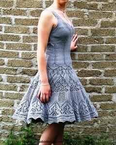 Разлетелись крылья лебедя - сарафан платье спицами