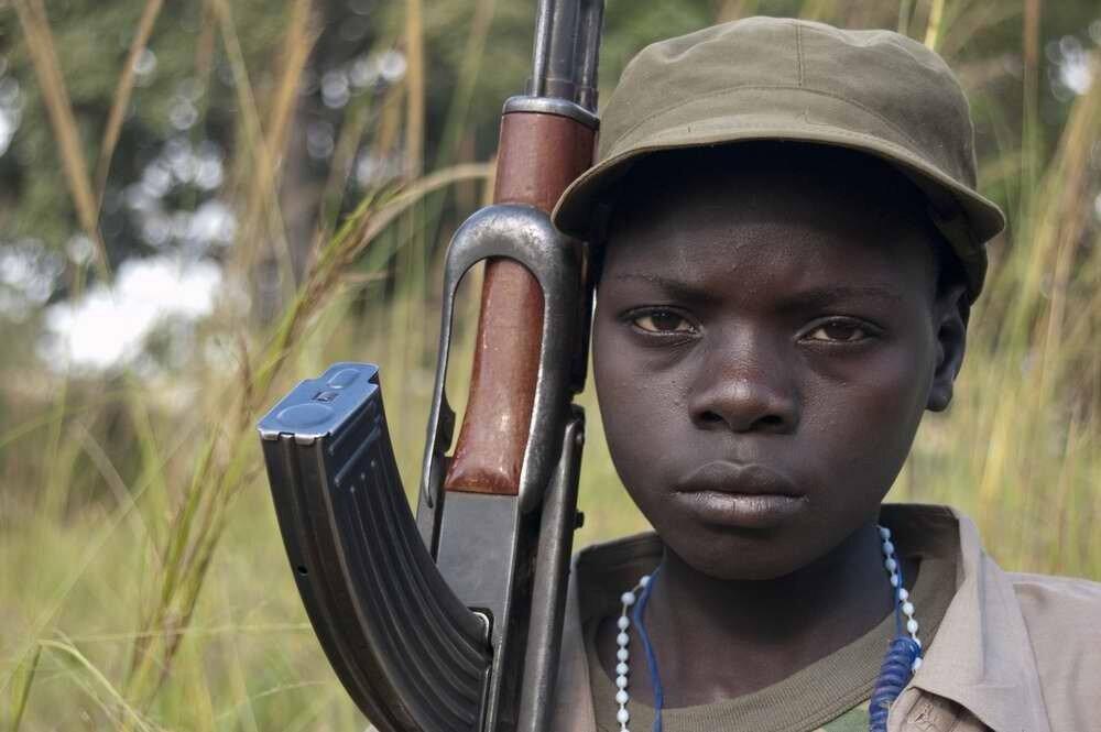 Дети солдаты - Уганда (1)