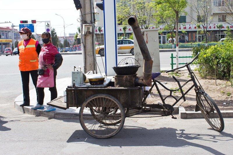 кухня на колесах в городе Tumote Zuoqi