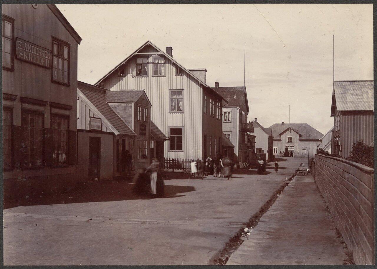 Улица Адалстраети
