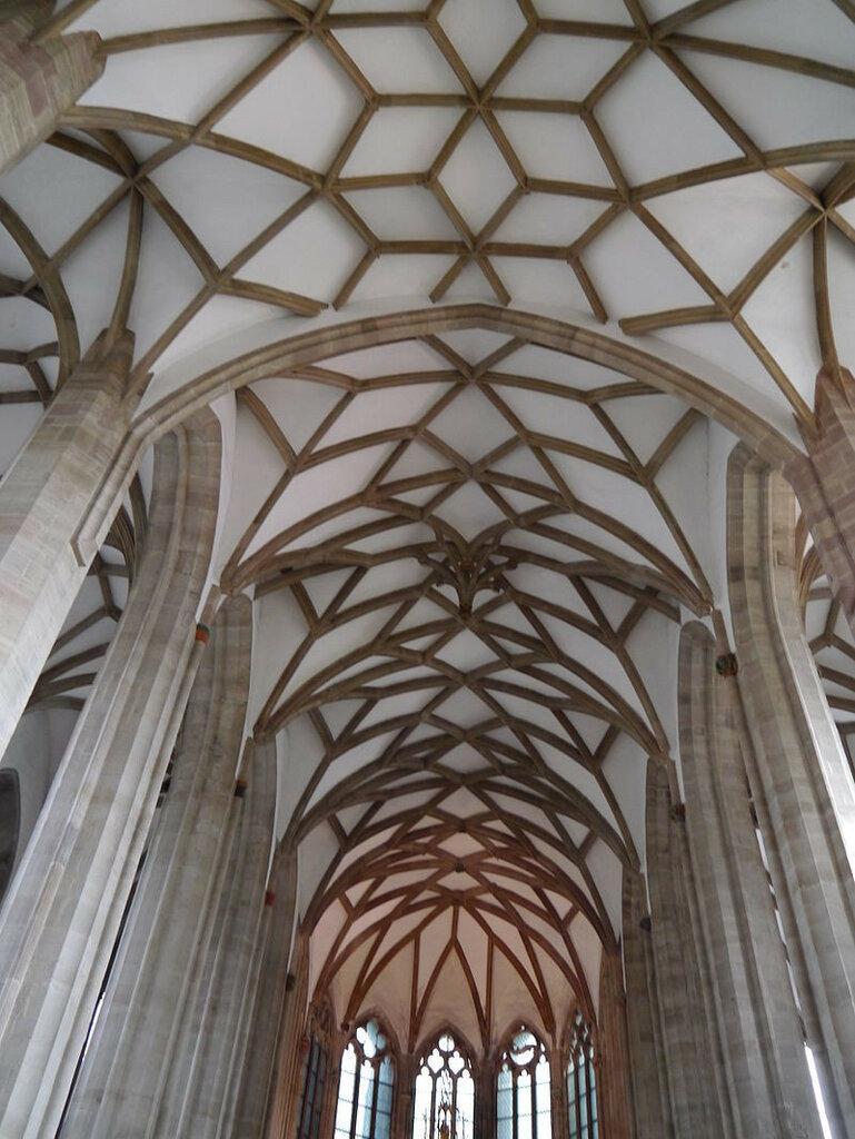 Moritzkirche_(Halle)_2012_(Alter_Fritz)_03.JPG