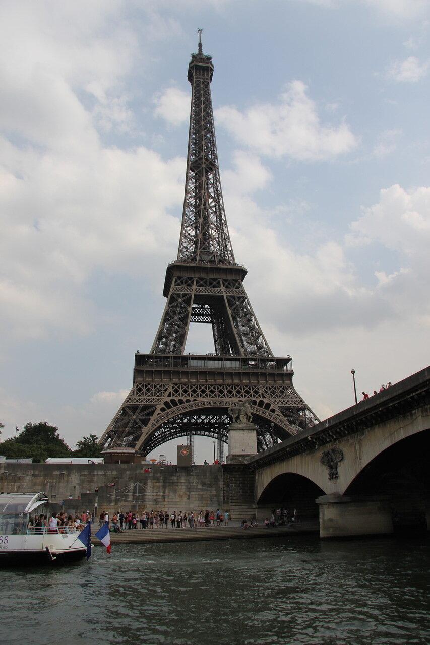 Путешествие по реке Сена!