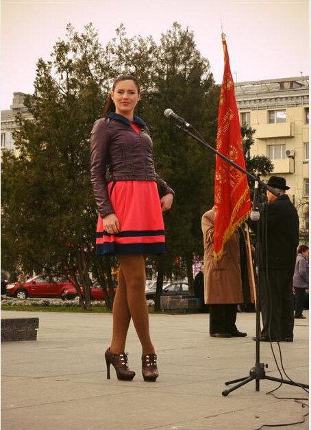 Активистка, коммунистка и просто красавица