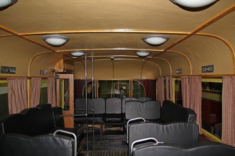 Салон первого питерского троллейбуса ЯТБ-1 в музее городского электрического транспорта IMG_8737