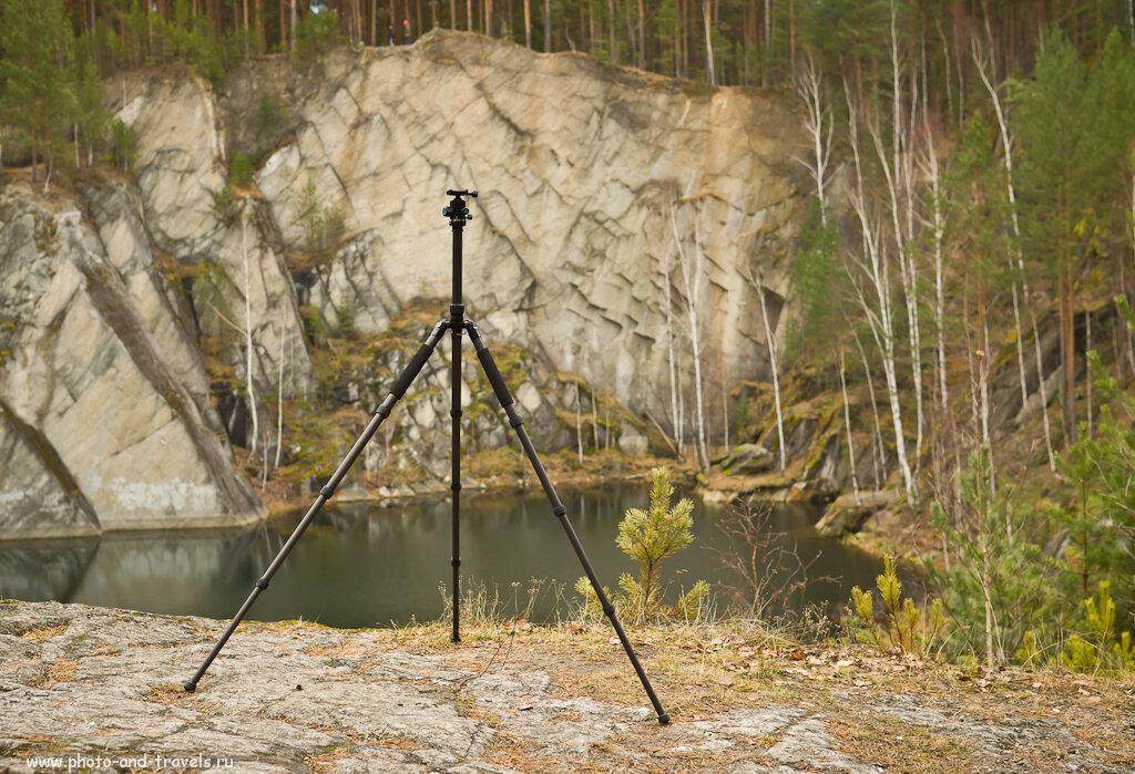 Фотография 12. Демонстрация того, как фокусное расстояние влияет на восприятие масштабов скалы. При использовании телеобъектива и при съемке с плохим освещением потребуется трипод Sirui T-2204X.