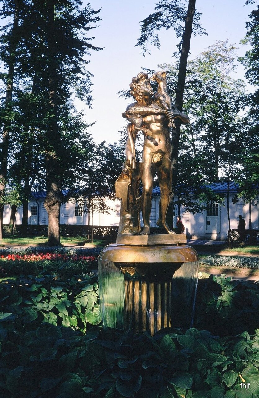 gold statue & fountain