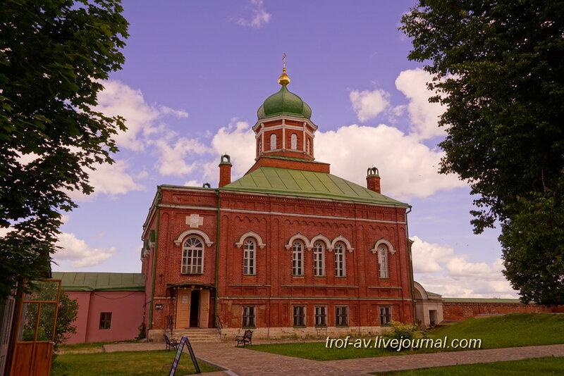 Спасо-Бородинский женский монастырь, церковь Иоанна Предтечи с музеем