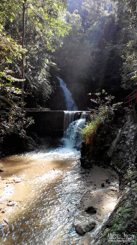 Jeriau waterfall, frazer hill