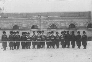 Группа бывших офицеров и казаков-георгиевских кавалеров.