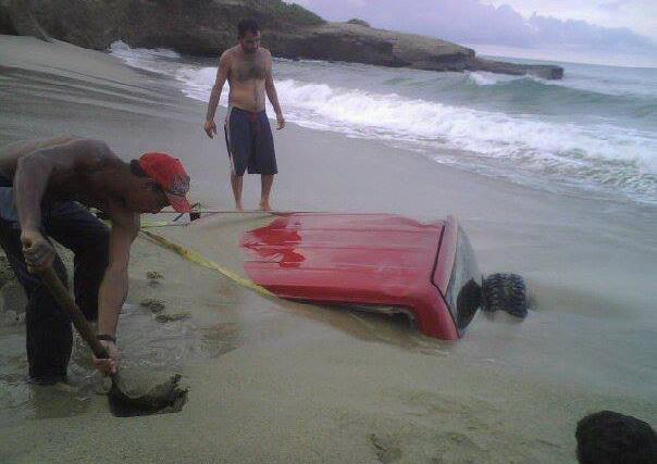 Езжайте на пляж они говорили, это будет весело они говорили...
