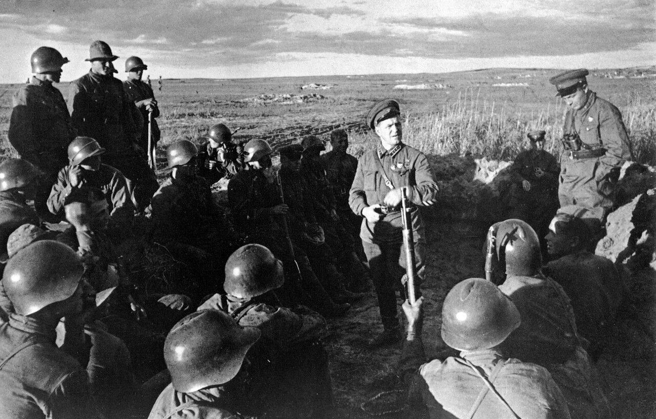Жуков на Халхин-Голе. 1939 год.