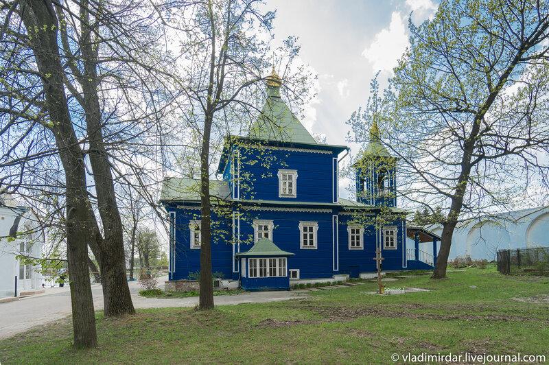 Петропавловский храм в Николо-Угрешском монастыре