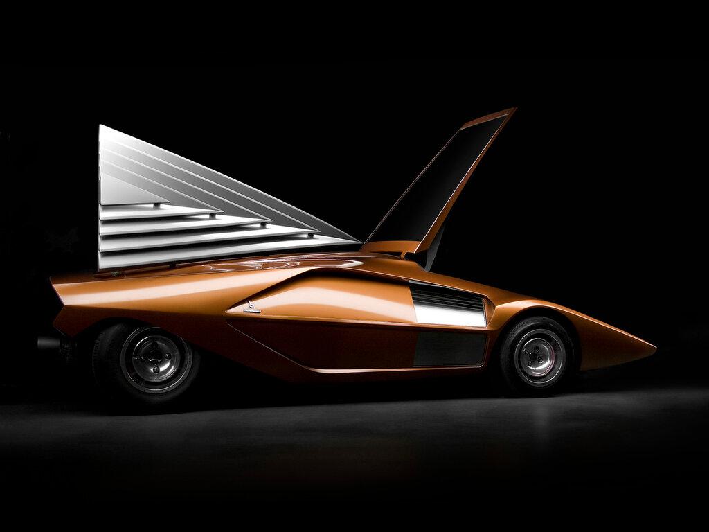 Lancia Stratos Zero '1970 1.jpg