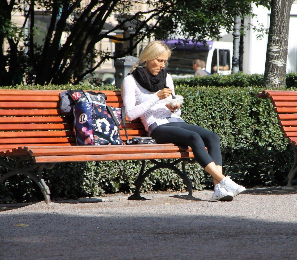 Helsinki. Esplanade Park (puisto Esplanadin, Esplanadparken)