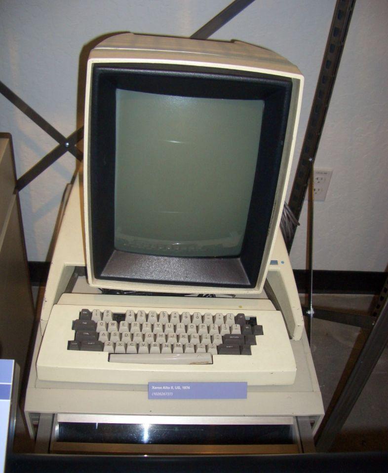 В 1970 году Xerox открыла лабораторию Xerox PARC lab в Пало-Альто. В ней были изобретены многие ключ