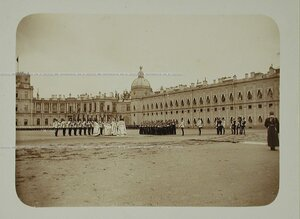 Император Николай II (в центре) , великий князь Владимир Александрович