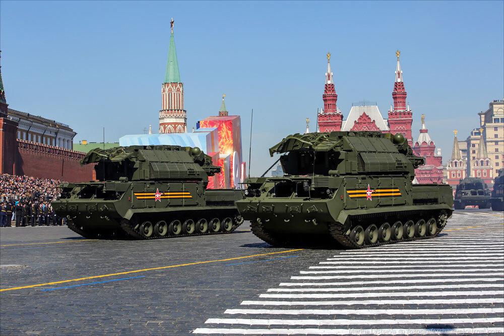 El desfile militar en la Plaza Roja de Moscú celebra la victoria sobre el nazismo 0_c2b93_40cdd8c_XXXL
