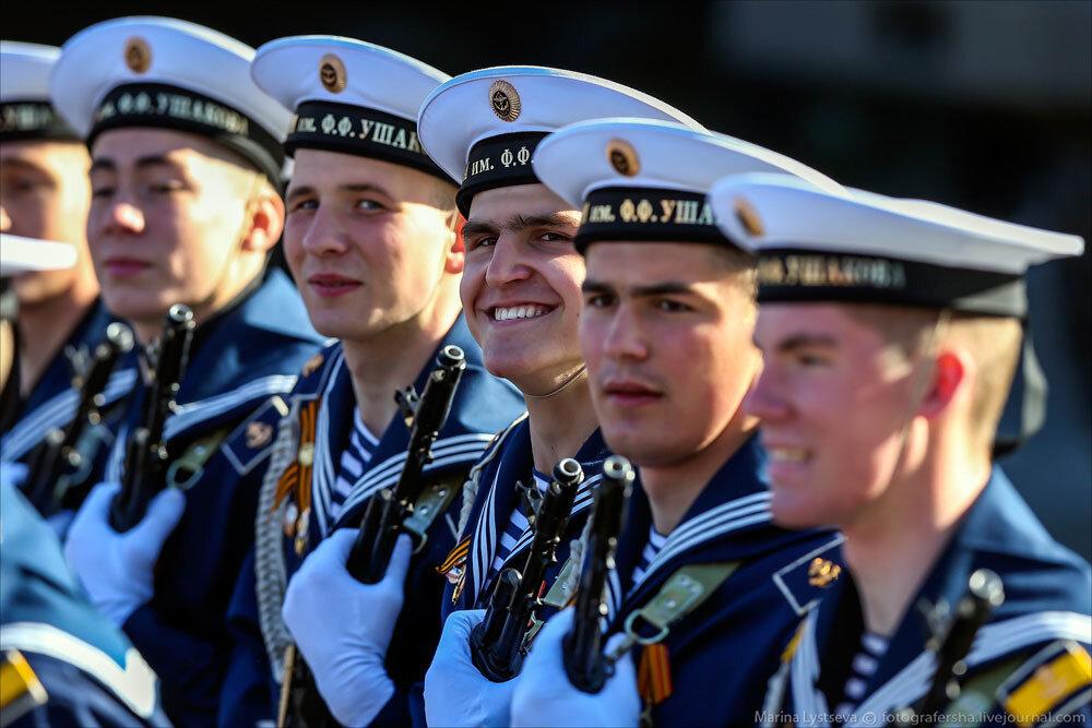 El desfile militar en la Plaza Roja de Moscú celebra la victoria sobre el nazismo 0_c2bad_be4ad413_XXXL